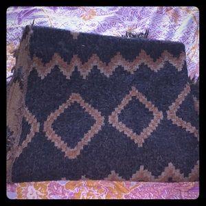 Wilfred mosaic blanket scarf